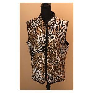 Susan Graver vest Leopard Print Size Large